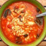 Κοτόσουπα με κριθαράκι και λαχανικά